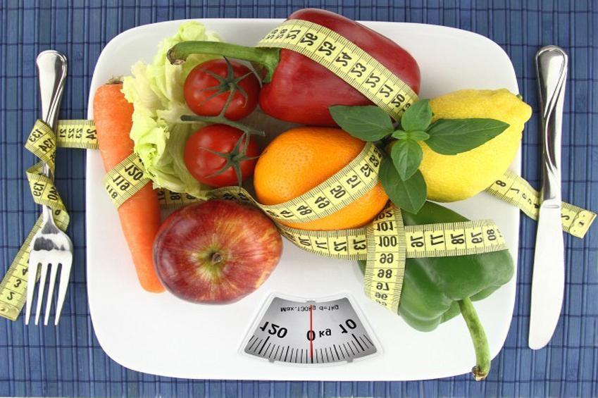 Периодически устраиваю себе разгрузочные дни или беру недельные диеты и этого вполне хватает.